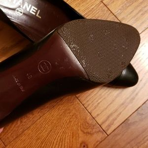 CHANEL Shoes - CHANEL  Black leather heels